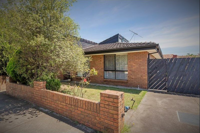 1/102 The Avenue Spotswood - Photo 1