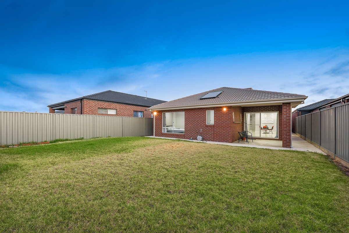 110A Linsell Boulevard Cranbourne East - Photo 17
