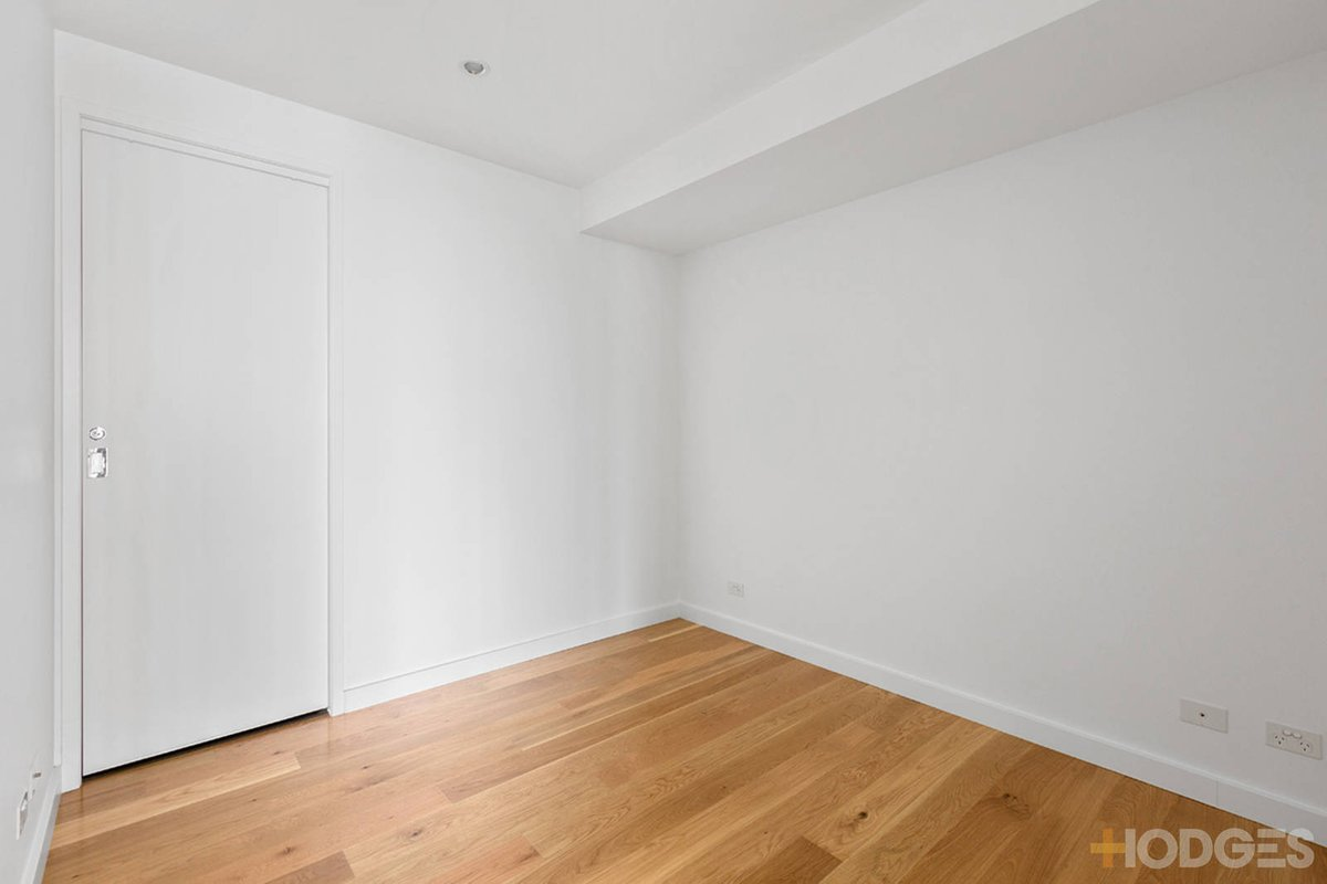 1110/338 Kings Way South Melbourne - Photo 3