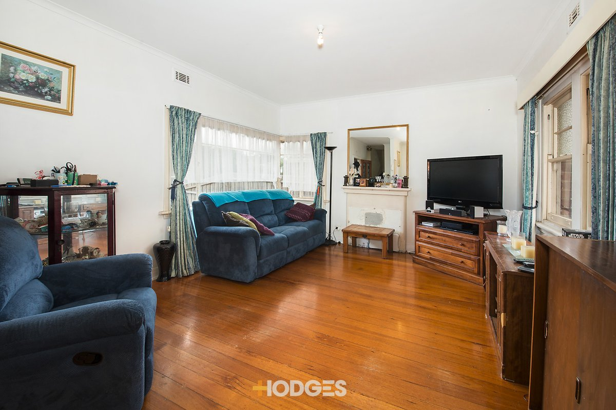 2 Barry Street Bentleigh - Photo 2