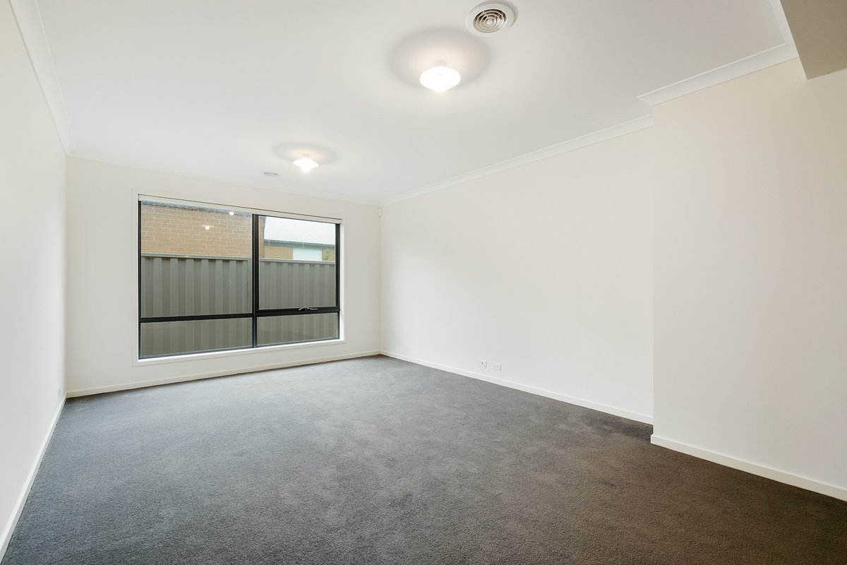 20 Boonwurrung Street Cranbourne East - Photo 5