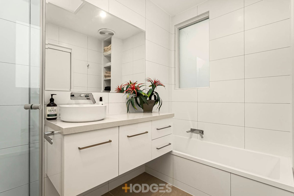 22 Moore Street South Yarra - Photo 6