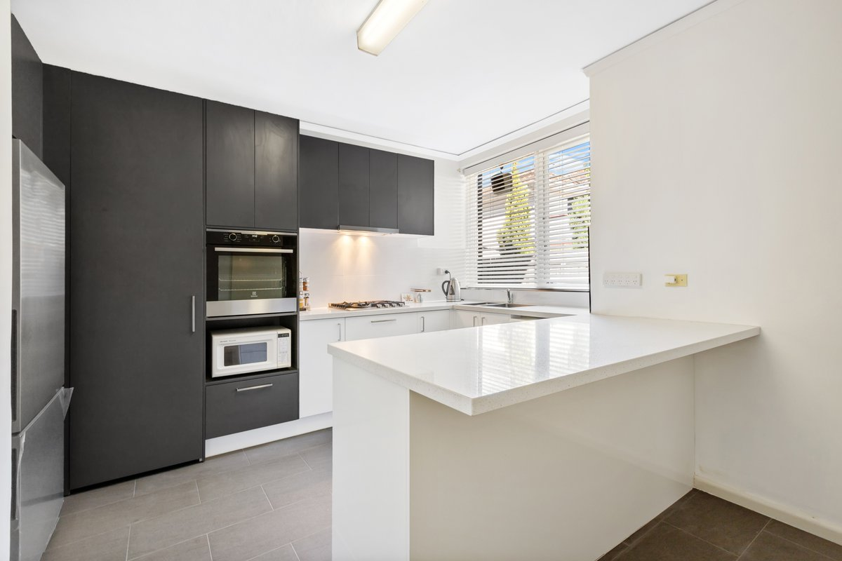 2/200 Glen Eira Road Elsternwick - Photo 1