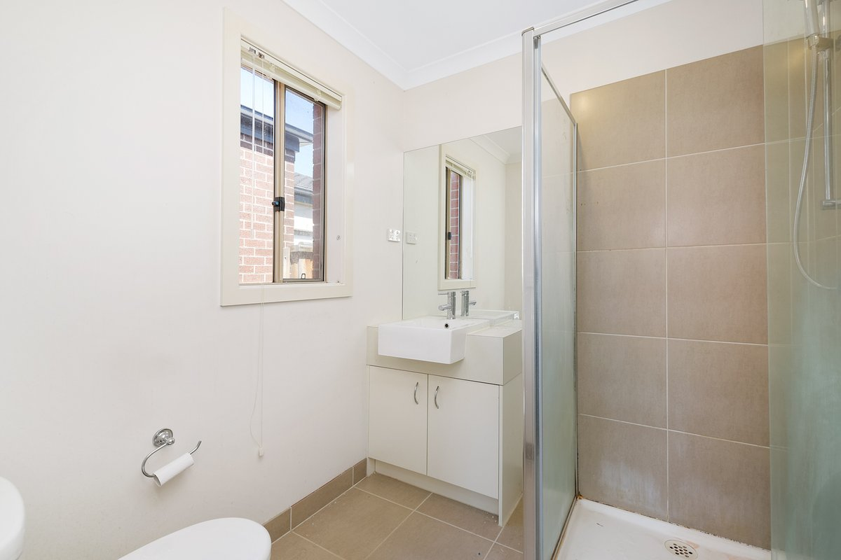 25 Glenelg Street Clyde North - Photo 6