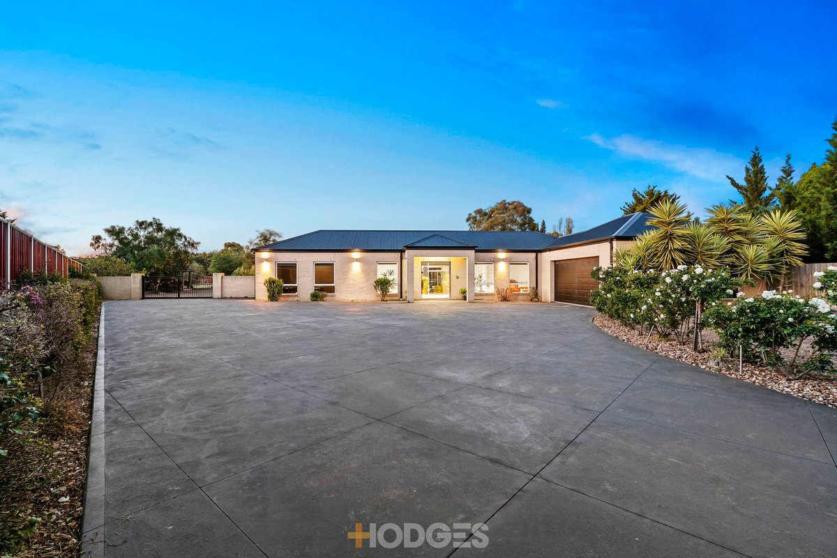 3 Kennedy Court Hoppers Crossing - Photo 2