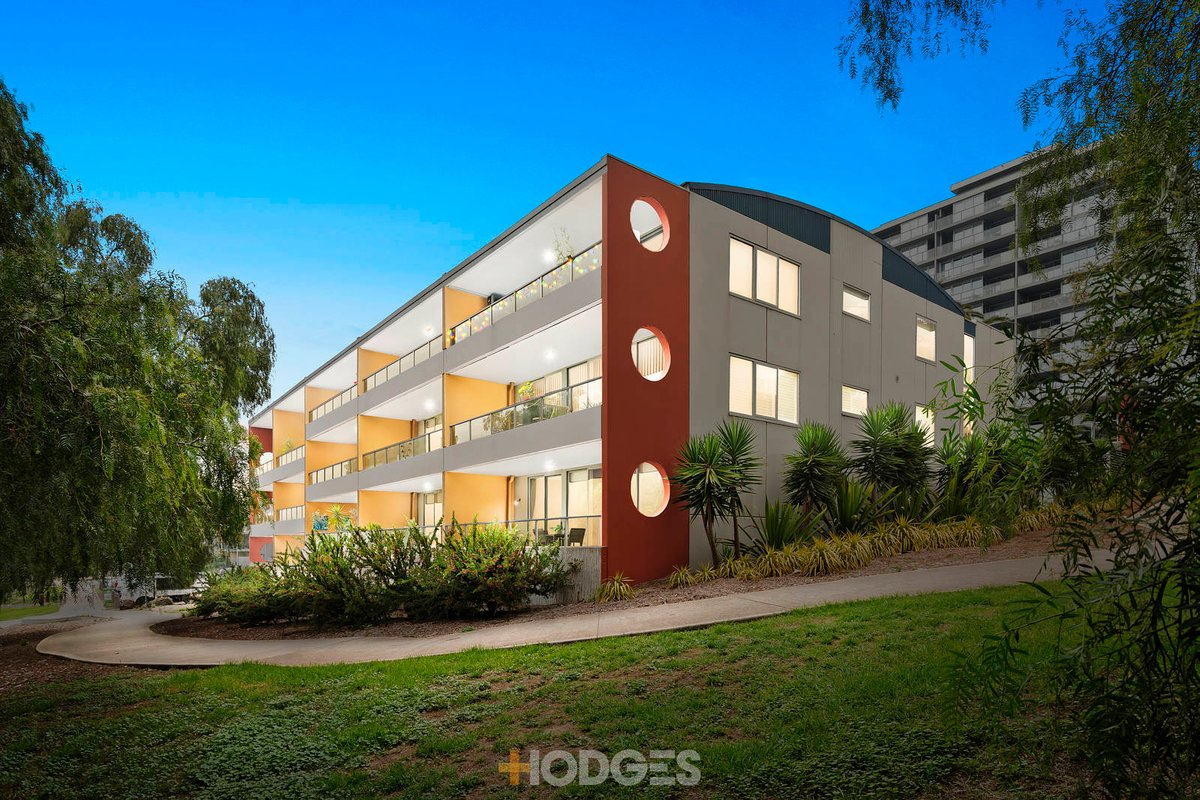 31/2 Saltriver Place Footscray - Photo 1