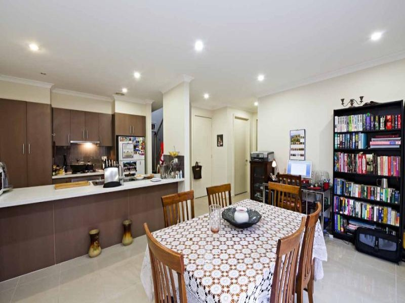 3/8 Plymouth Street, Pascoe Vale, VIC, 3044 image 2