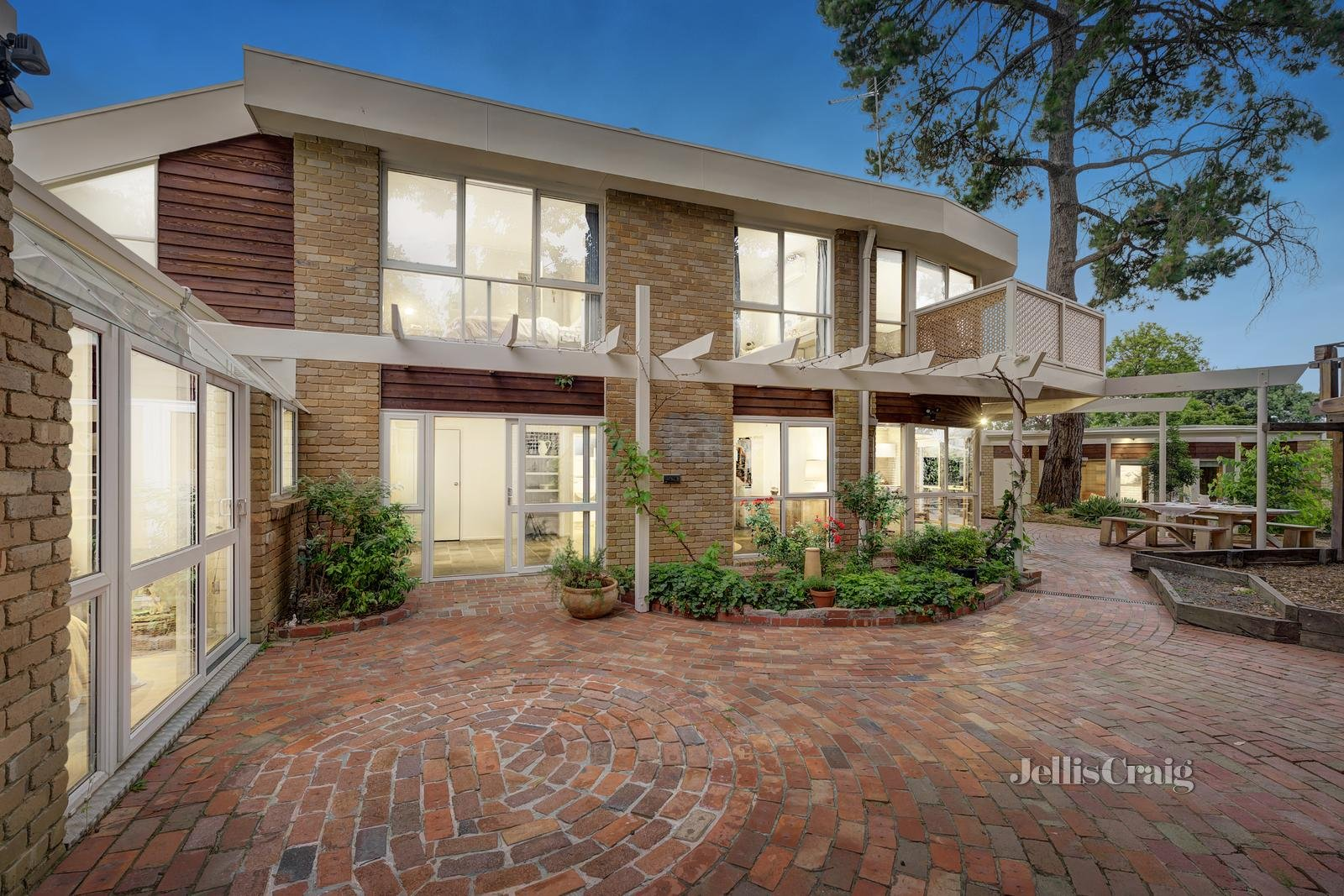 2 Davy Lane, Forest Hill - Print Image 1