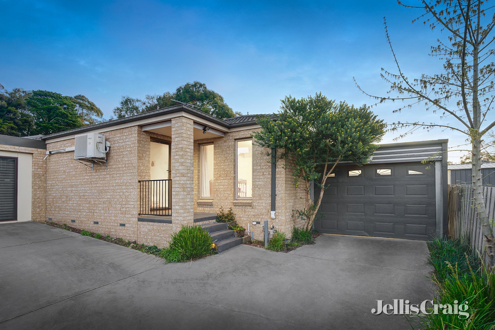 26a Macey Street, Croydon South    - Print Image 1