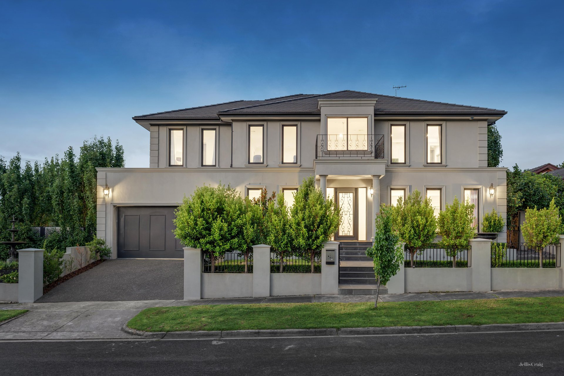 3 Loxley Court, Doncaster East - Print Image 1