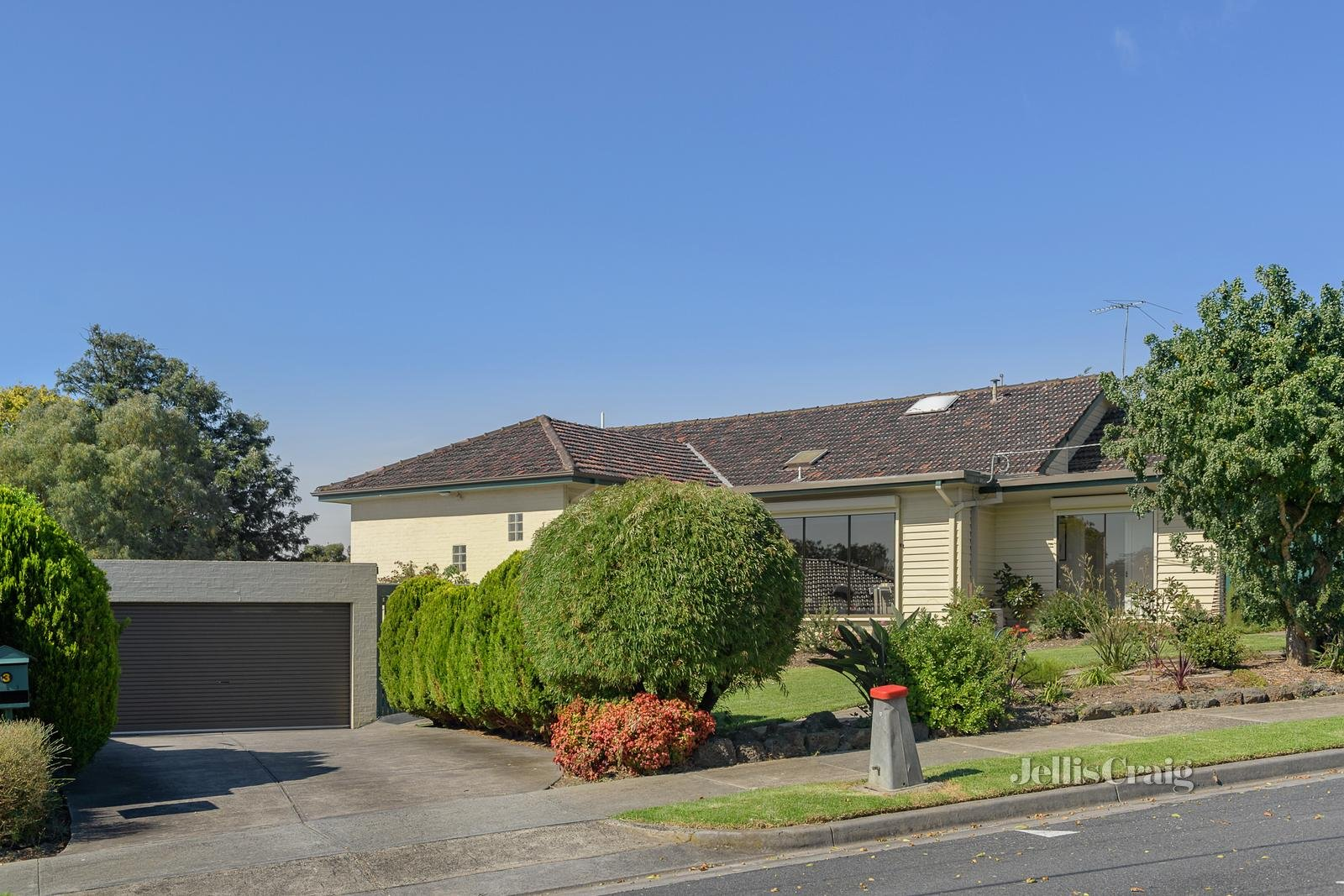 3 Thaxted Court, Watsonia North - Image 1