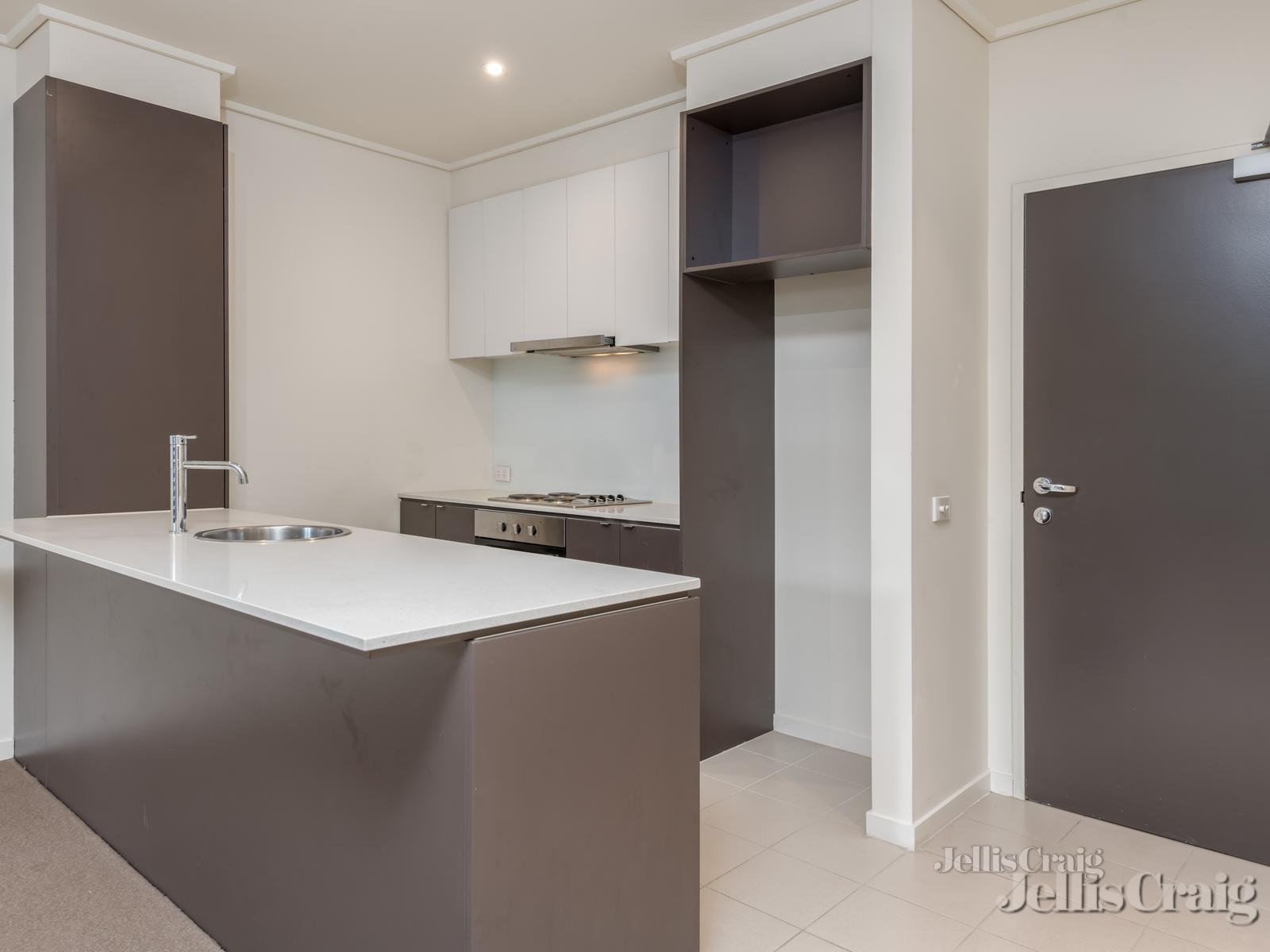 3/280 Blackburn Road, Glen Waverley    - Image 1