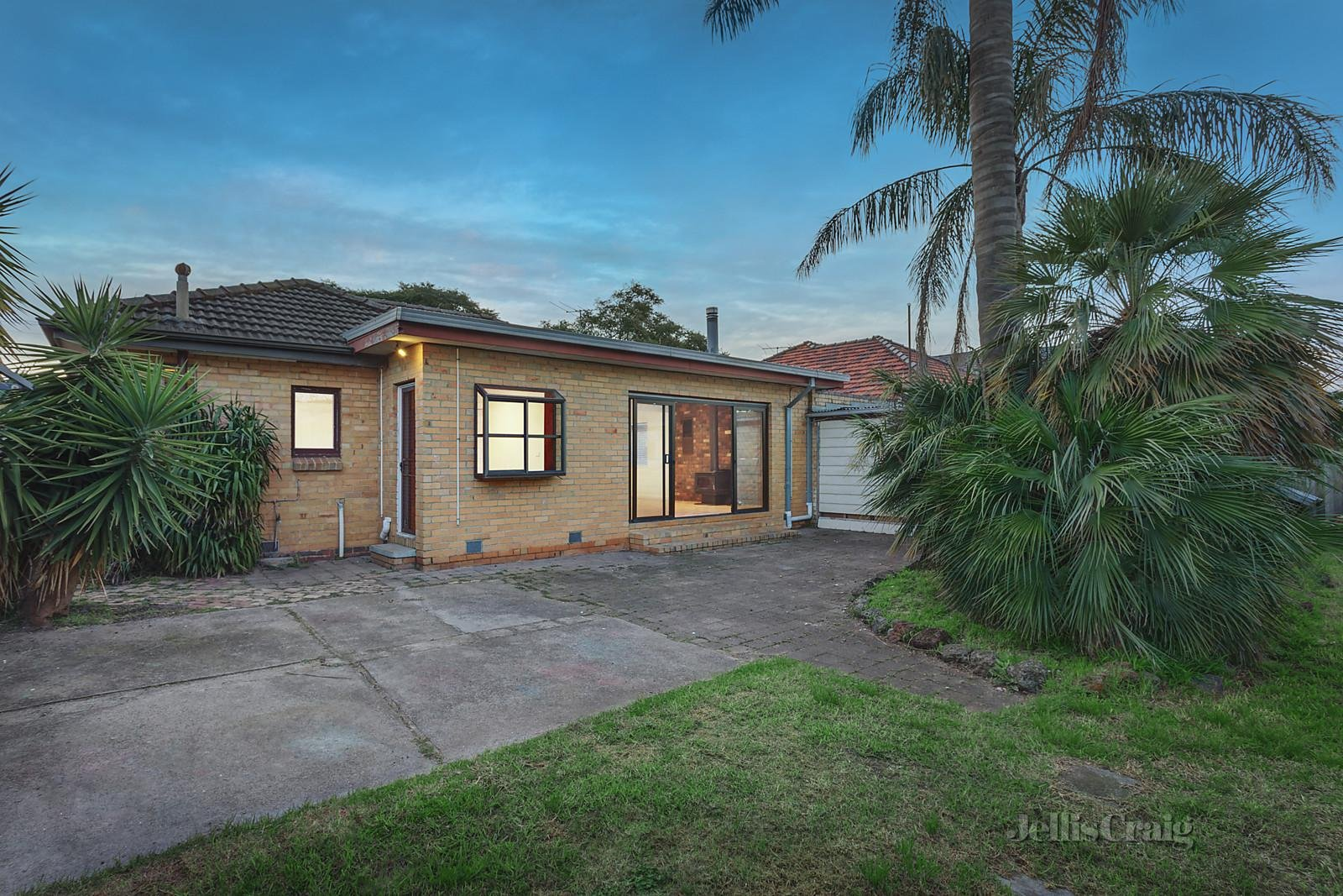 36 Mc Guinness Road, Bentleigh East - Image 1