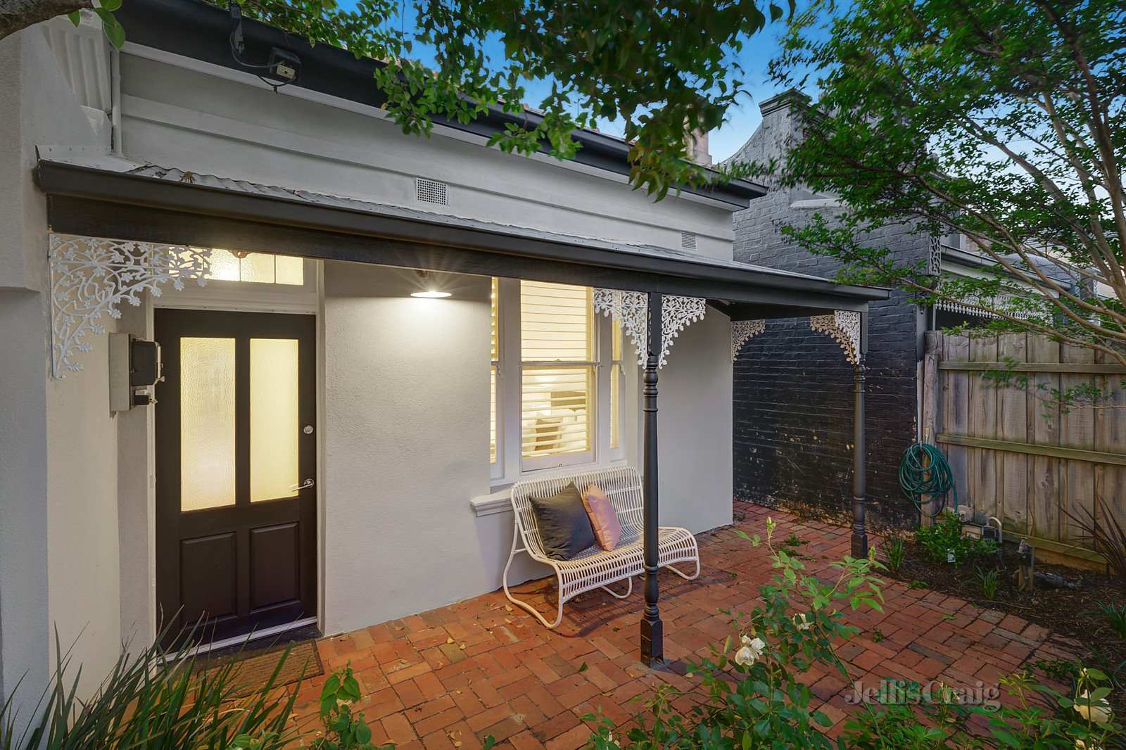 39 May Street, Kew    - Image 1