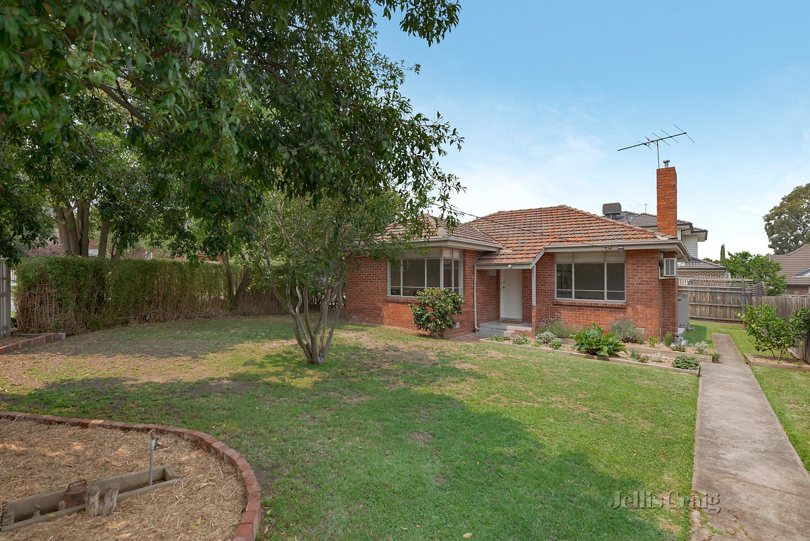 63 Outhwaite Road, Heidelberg Heights    - Print Image 1