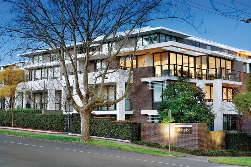 102/53 Chaucer Crescent, Canterbury