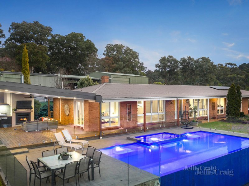 443-447 Ringwood Warrandyte Road