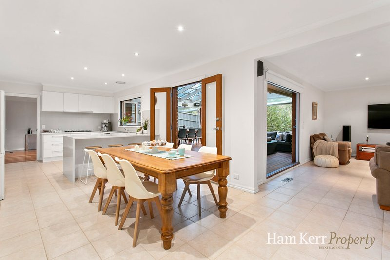 5 Long Valley Way, Doncaster East, VIC, 3109