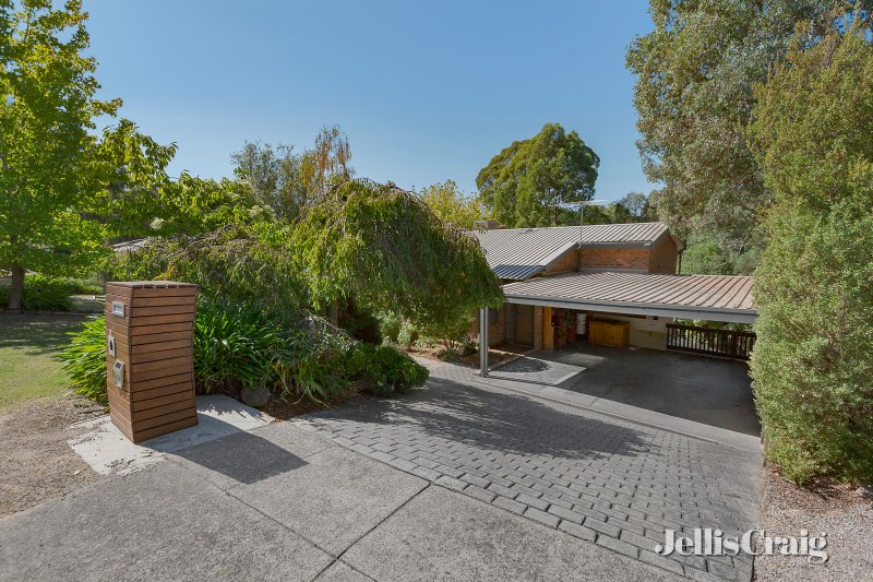 6 Eden Valley Road