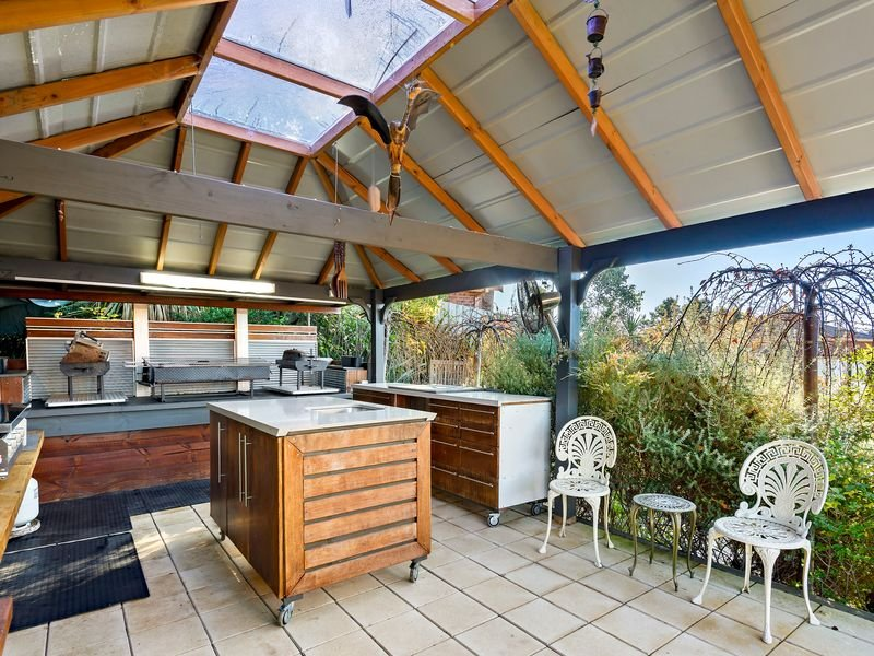 69 Pine Hill Drive, Doncaster East