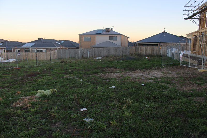 BAYVIEW RISE ESTATE - TITLED LAND - BACK ON THE MARKET!!