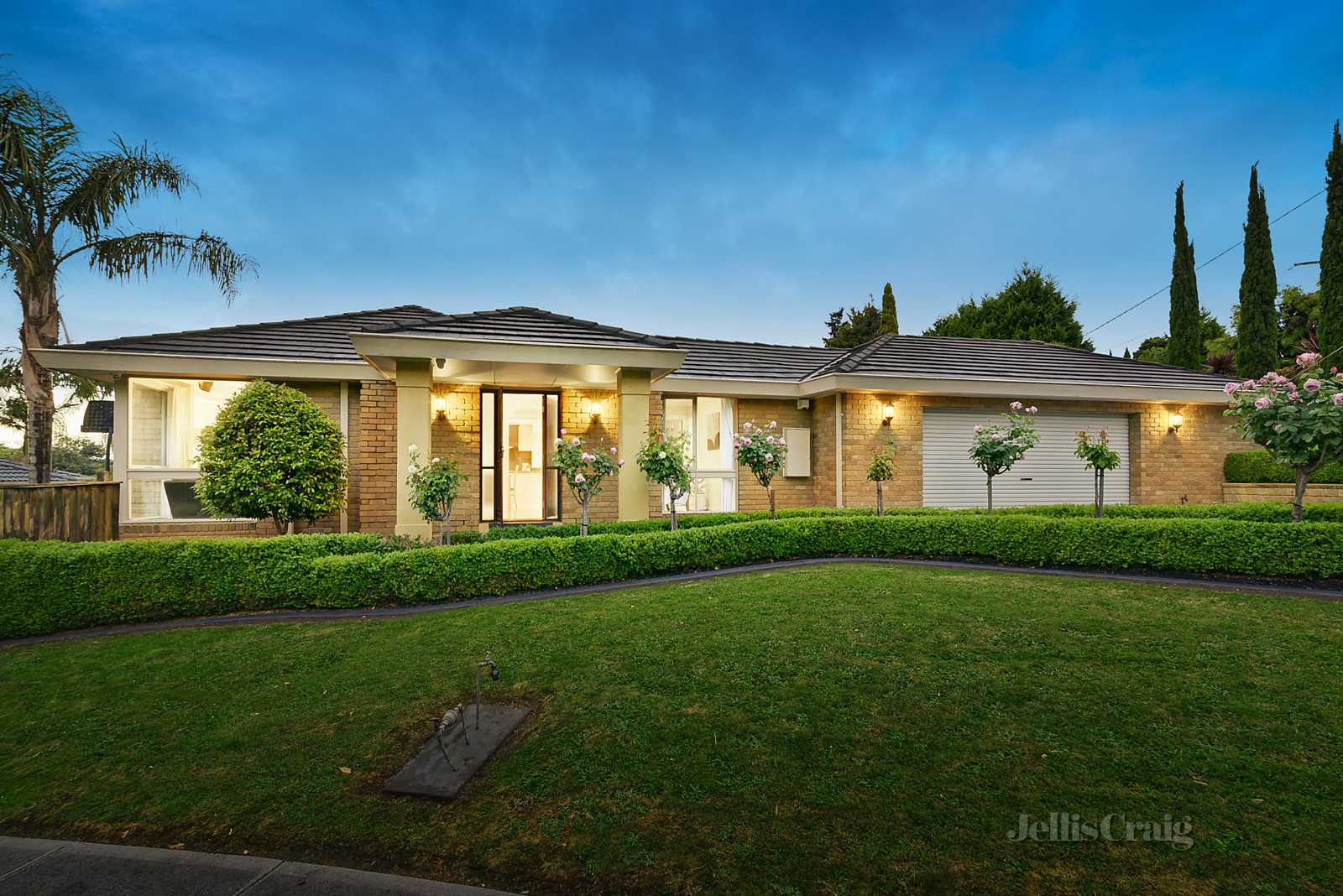 1 Honni Mews, Doncaster East    - Image 1