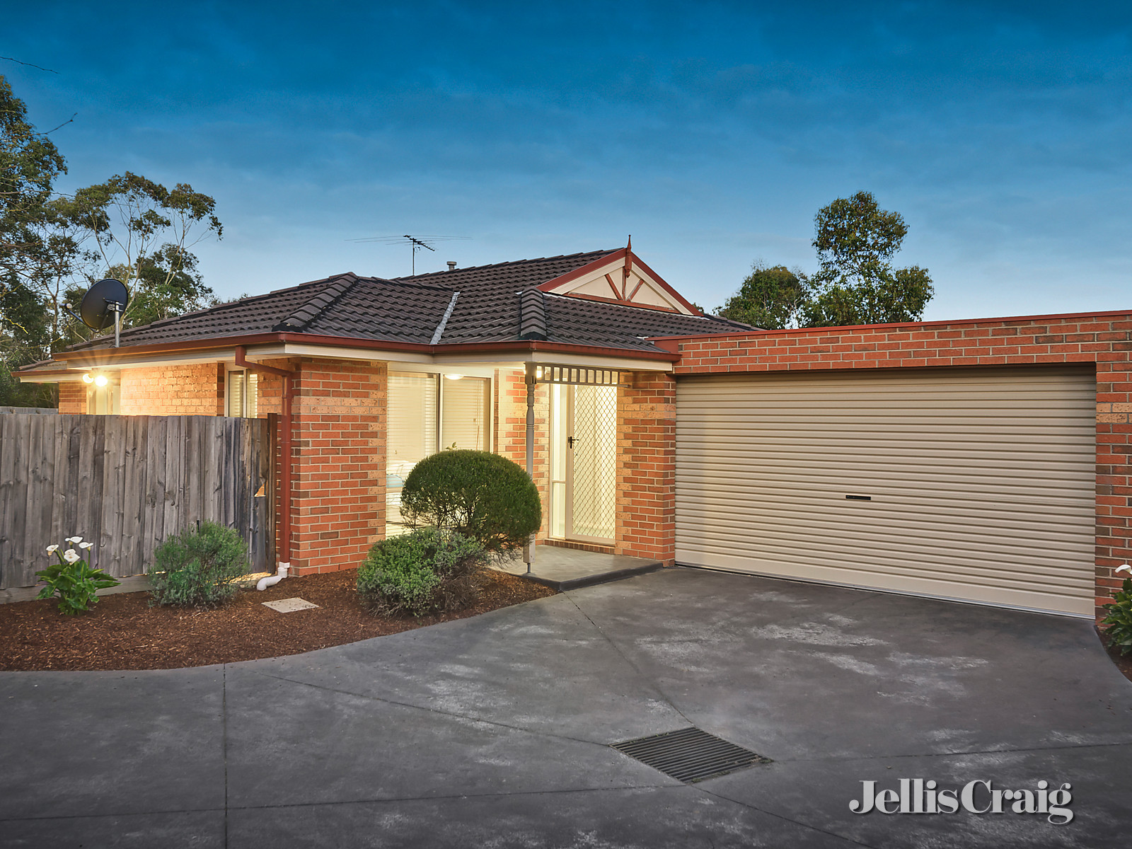 11/51 Bayfield Road West , Bayswater North    - Image 1