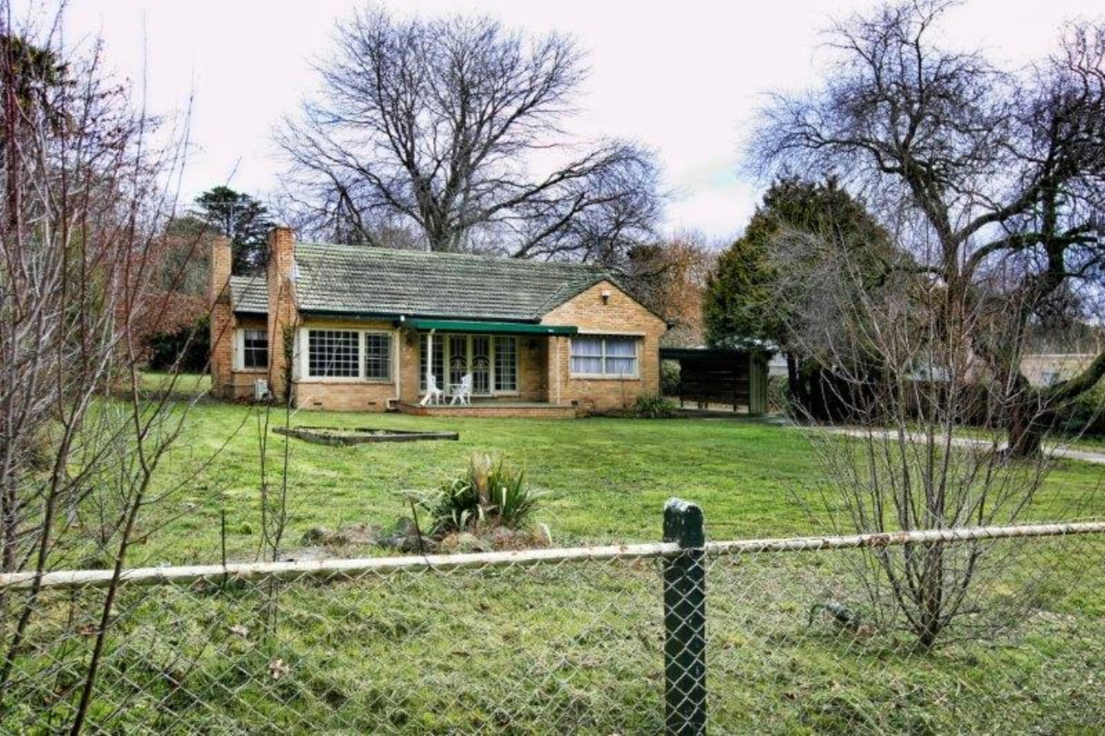 13 Old Lancefield Road, Woodend 3442 - Image 1