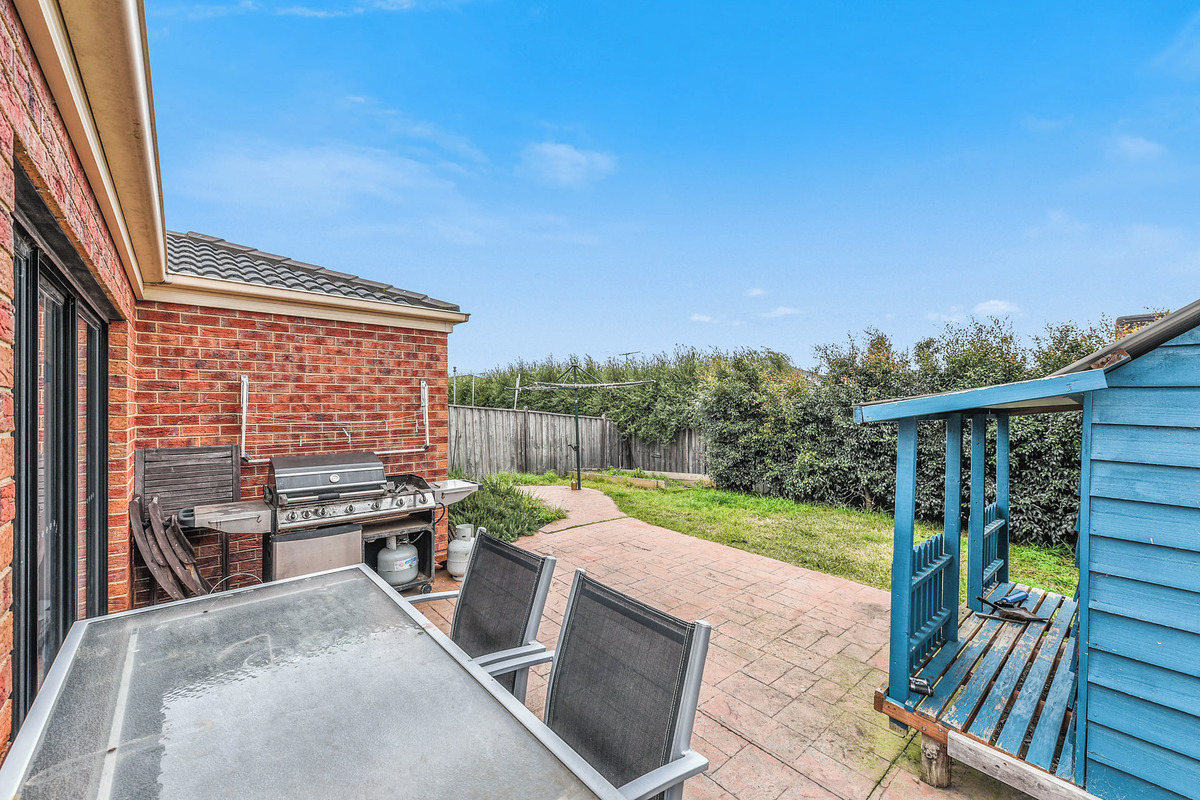 17 Penshurst Way Cranbourne North - Photo 8