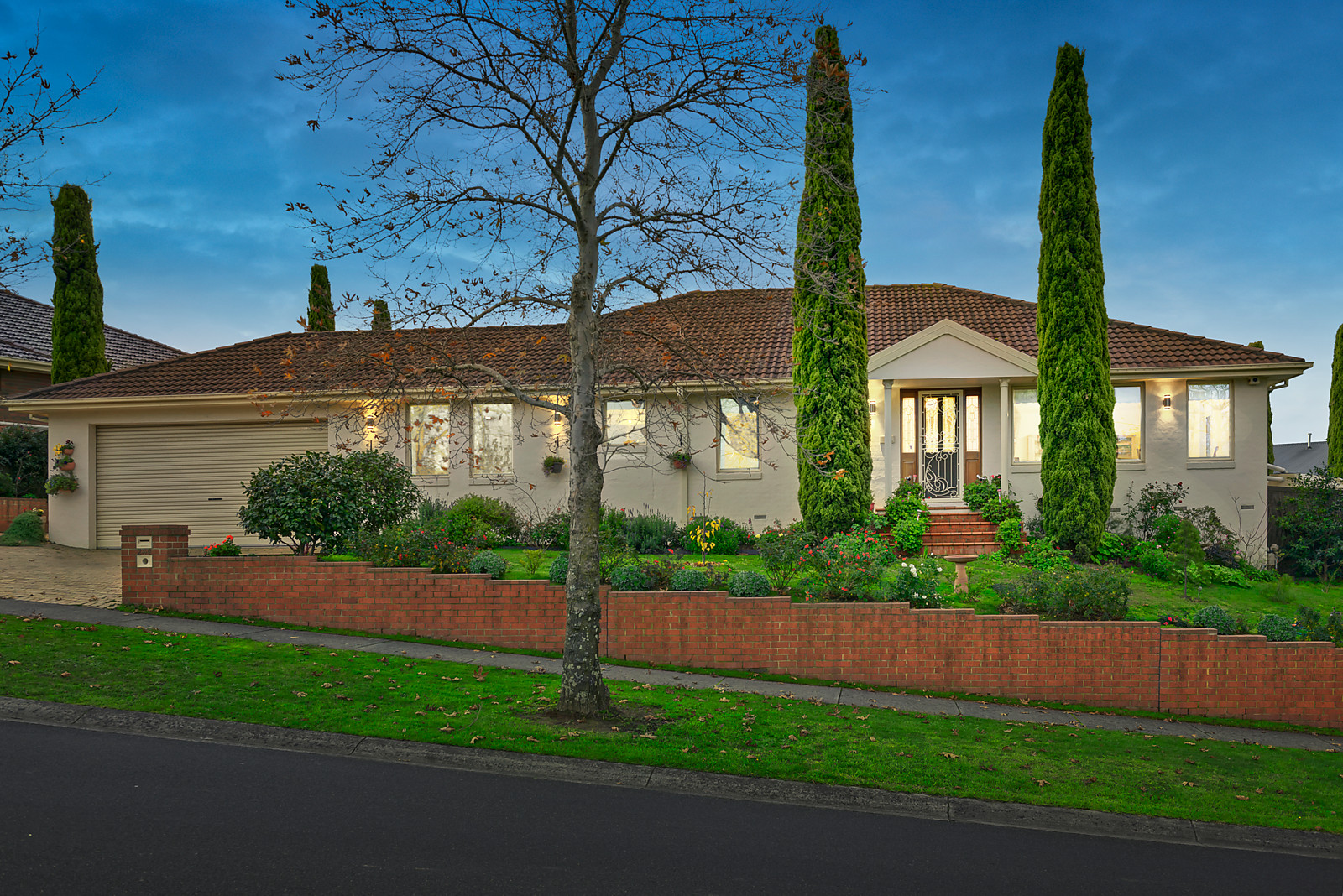 2-4 Billanook Way, Chirnside Park    - Image 1
