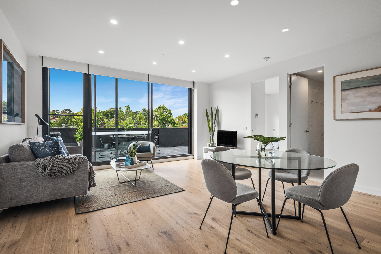 2.01/780 Riversdale Road, Camberwell 3124 - Image 1