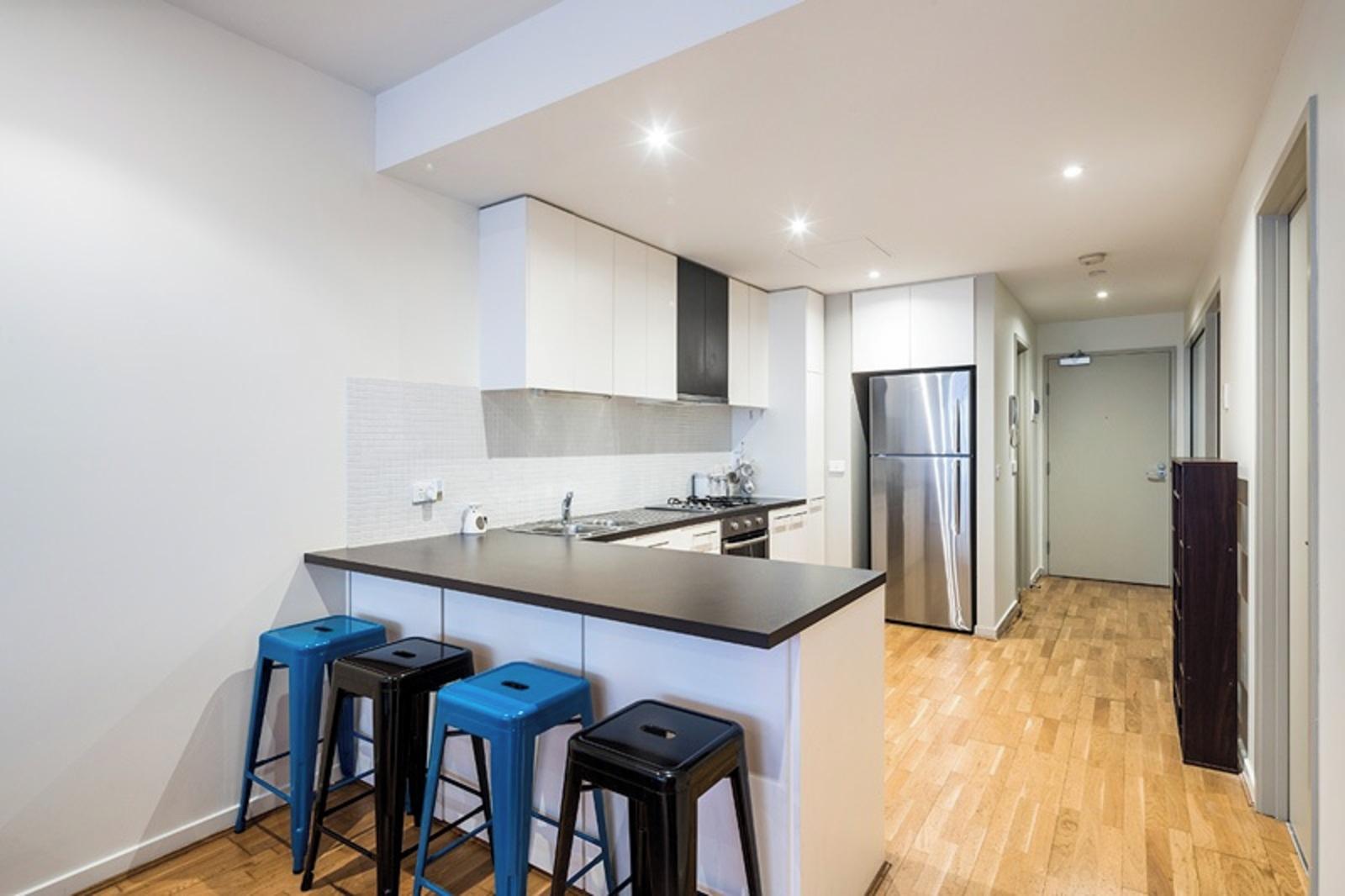 208/54 Nott Street, Port Melbourne 3207 - Image 5