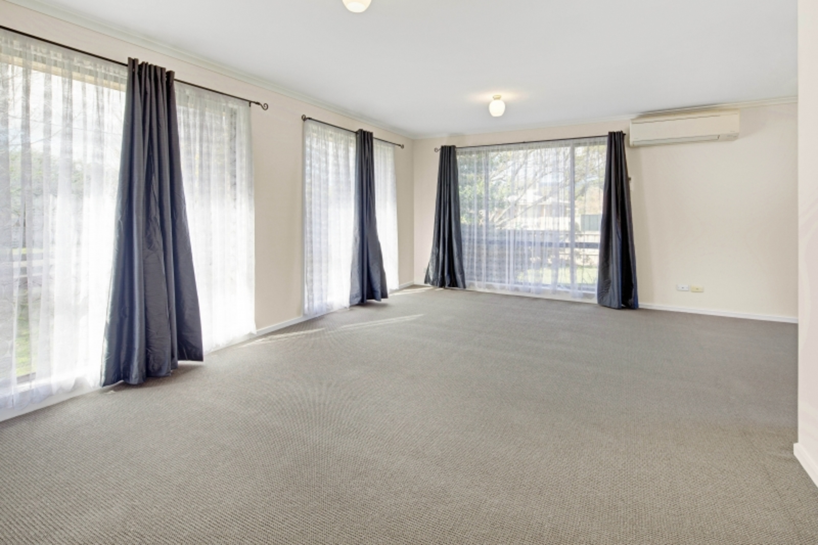 22 Manifold Road, Woodend 3442 - Image 5