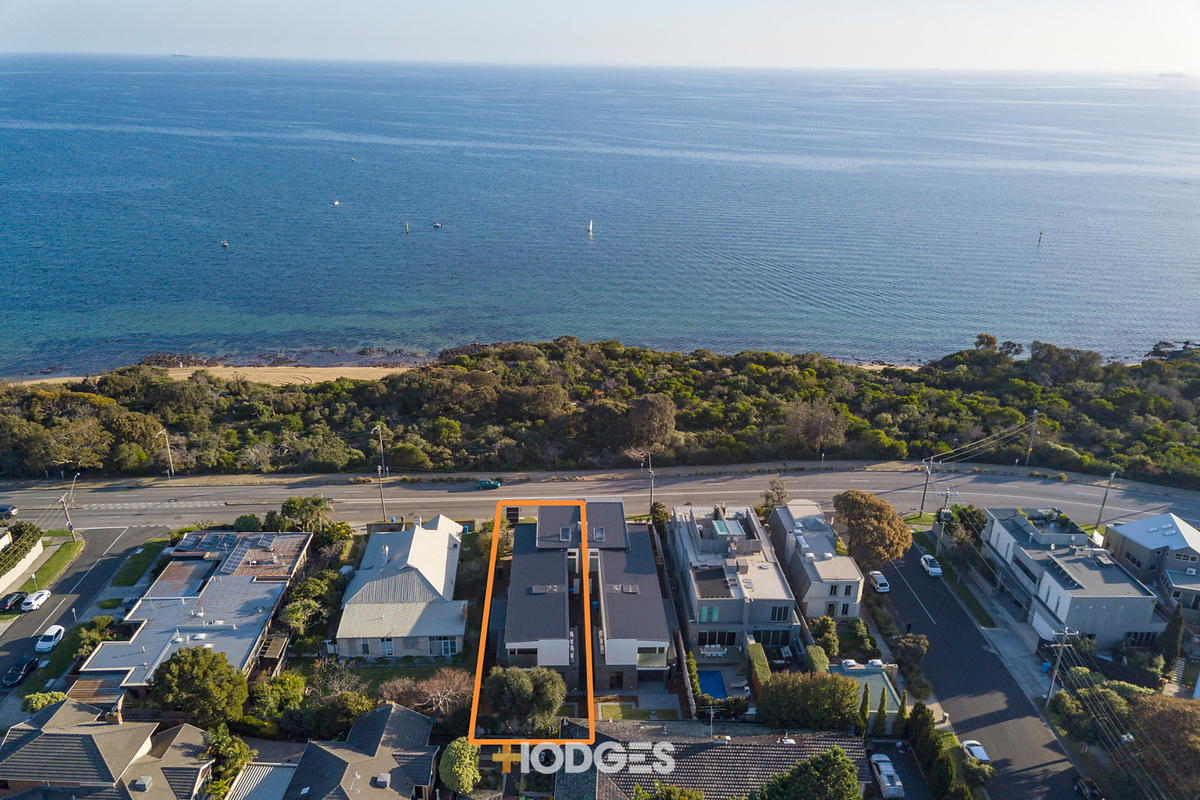 261b Beach Road Black Rock - Photo 1