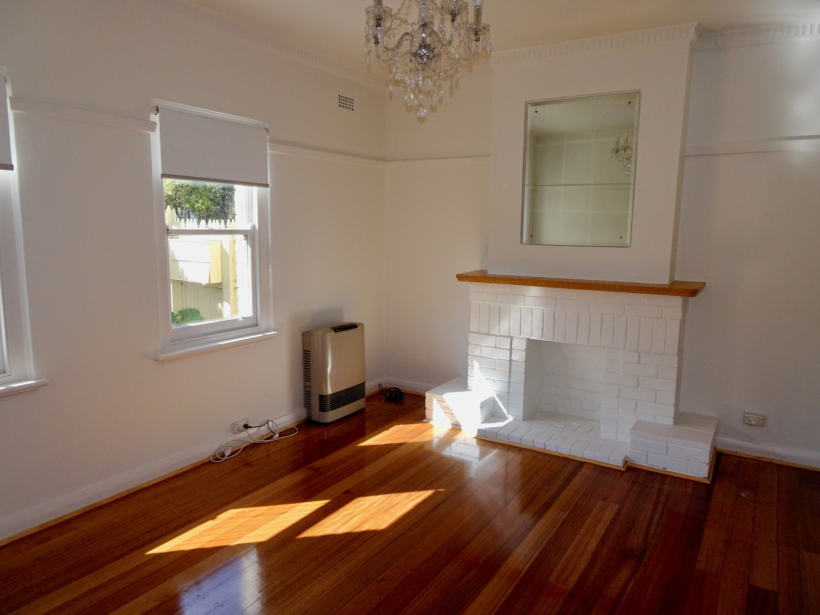 3/61 Canterbury Road, Middle Park 3206 - Image 2