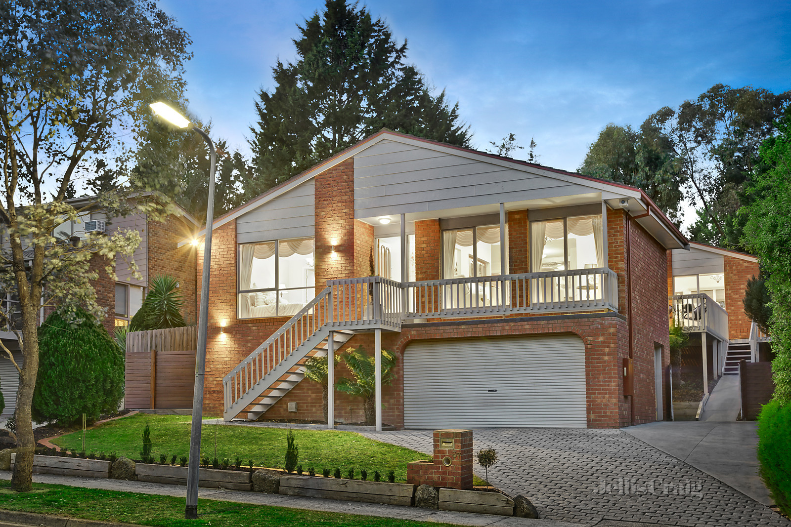 37 Parry Road, Eltham North    - Image 1