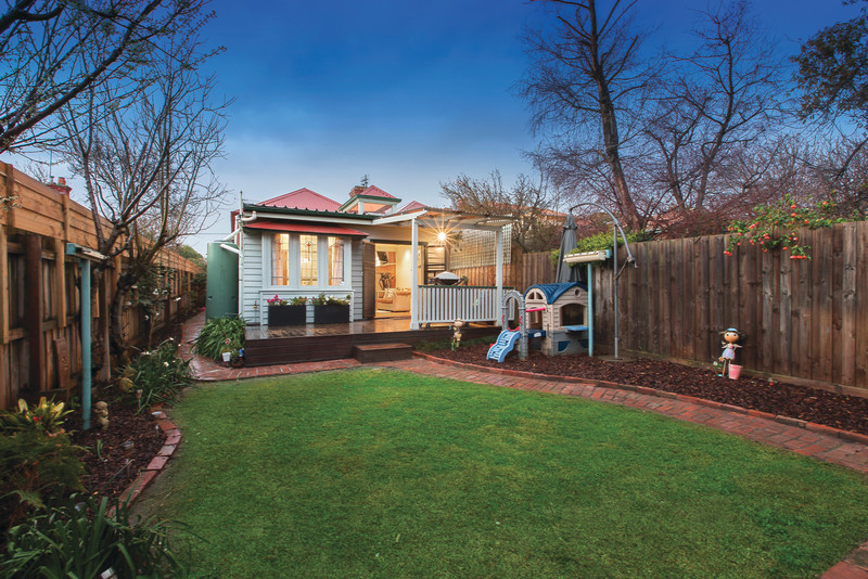 James Tostevin - 40 Campbell Grove Hawthorn East - Photo