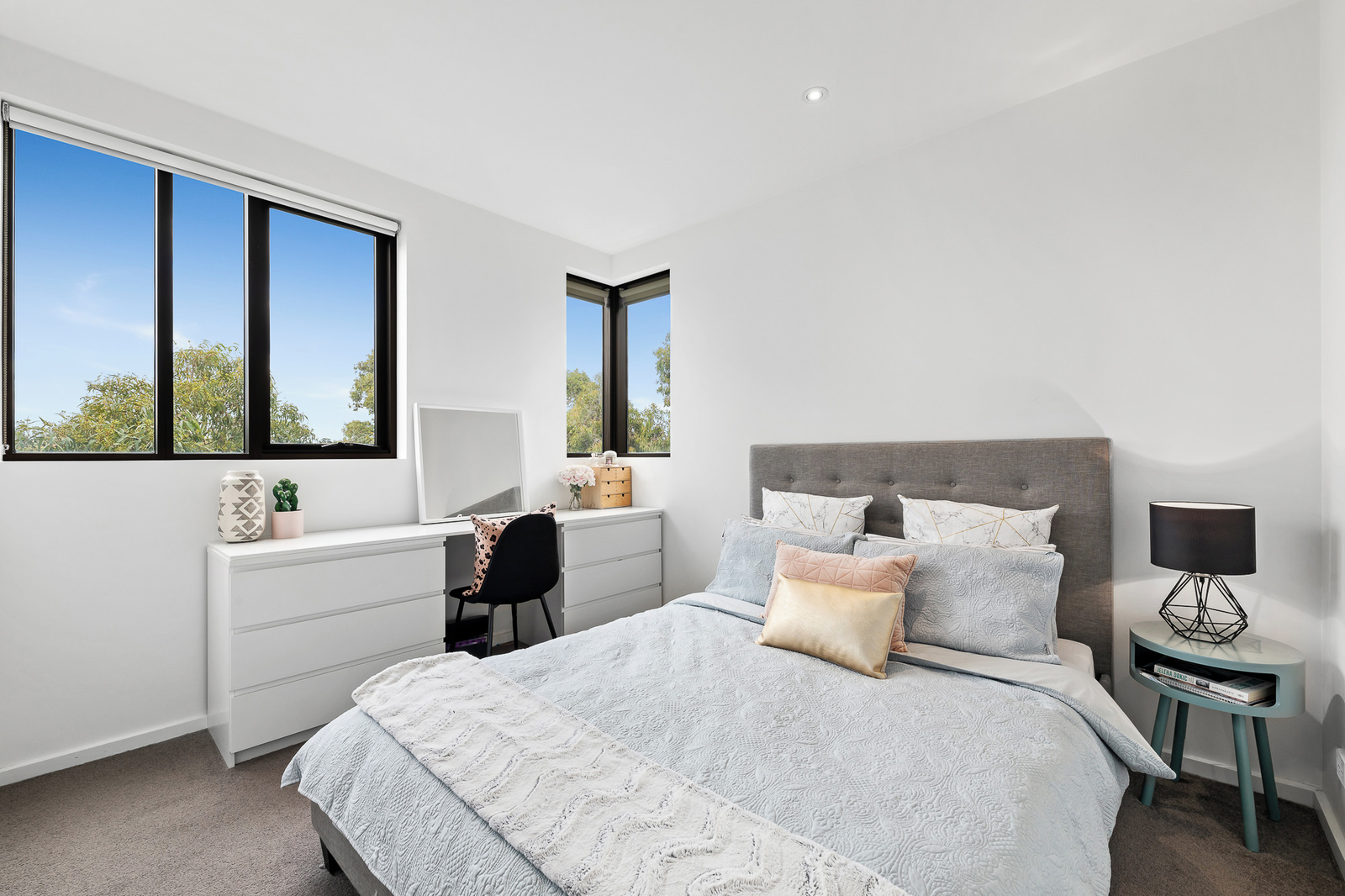 401/35 Simmons Street, South Yarra 3141 - Image 5