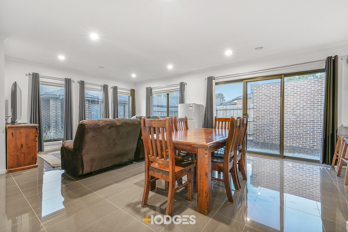 4/15 Elizabeth Street Cranbourne North - Photo 4