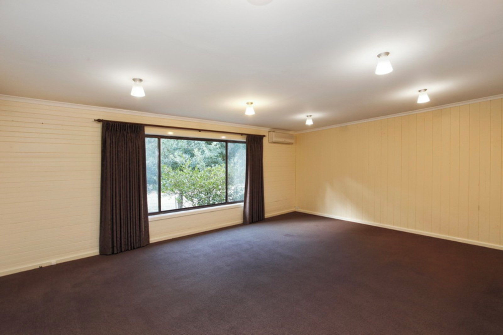 98 Marsh Court, Woodend 3442 - Image 5