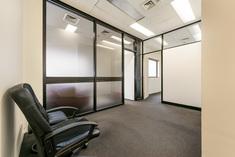 Suite 6, Level 5/        517         St Kilda         Road     MELBOURNE
